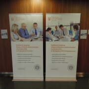 Roll up banner 100